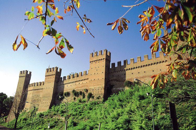 Commentari d'appendice > Le-mura-del-borgo-e1504255193370